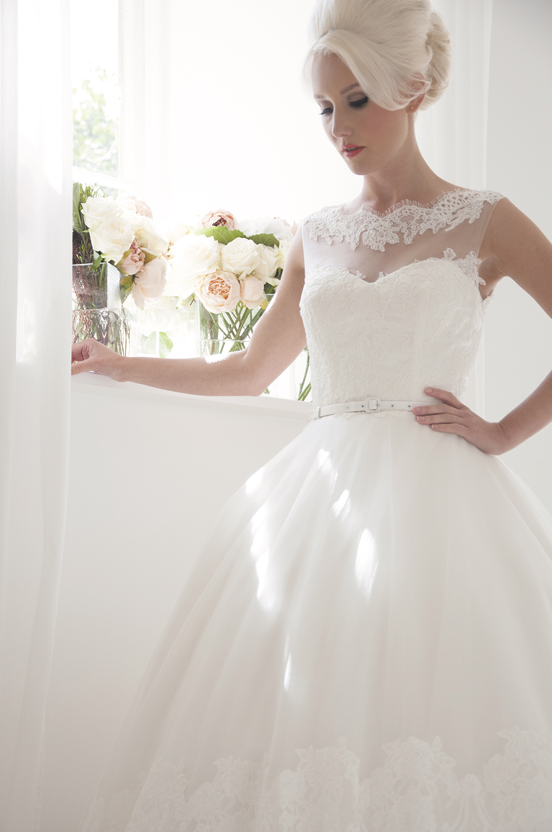 elegant vintage wedding dress