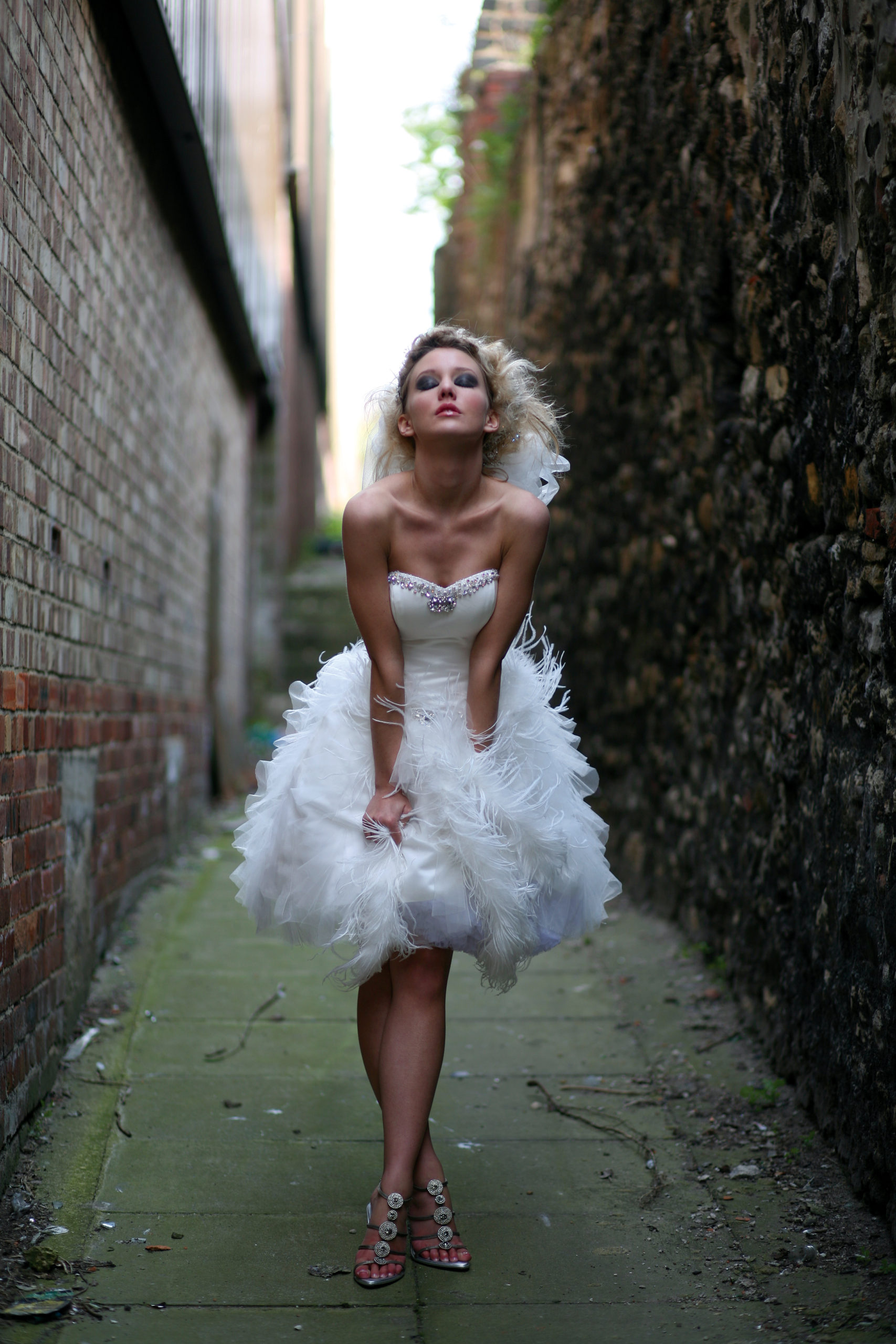 ostrich feather short wedding dress