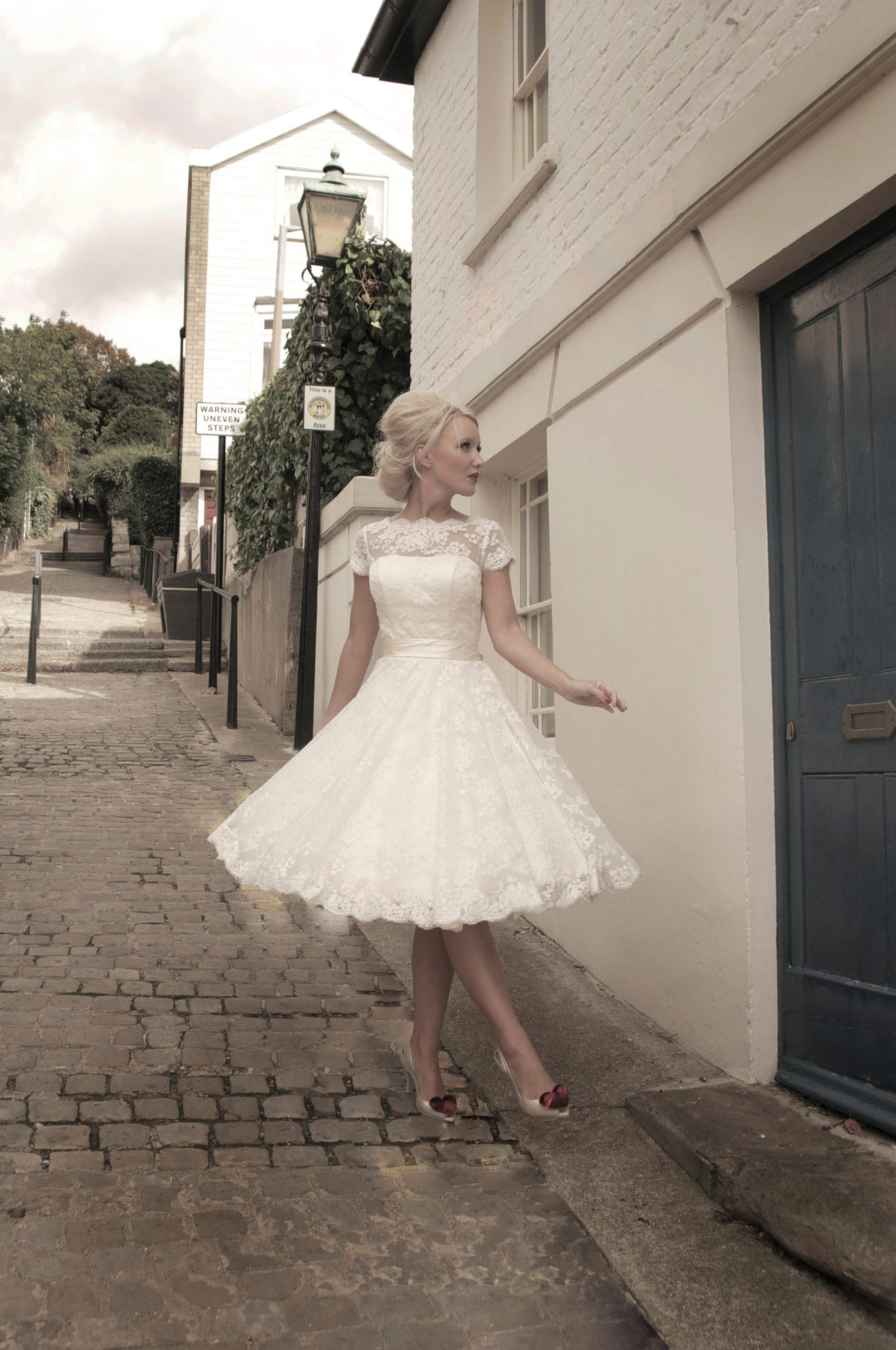 short tea lace wedding dress