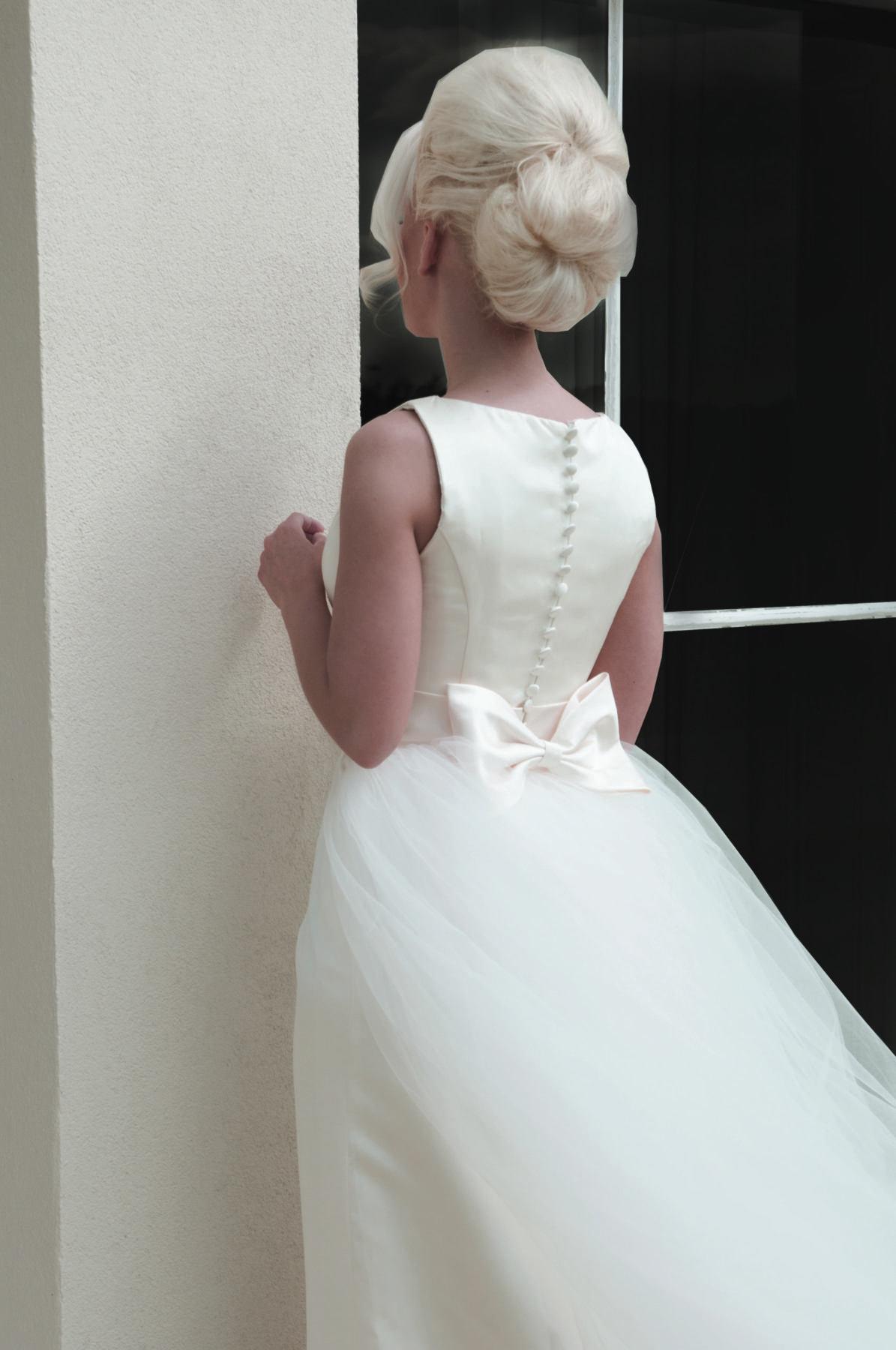 ivory column gown rear view